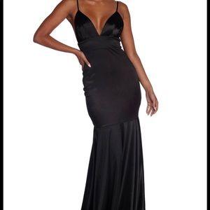 Black, mermaid prom dress